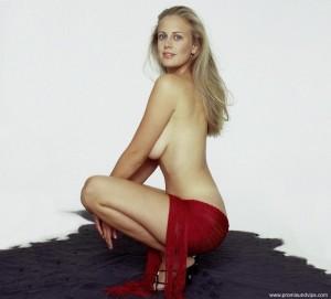 Barbara Schöneberger noch etwas jünger Oben Ohne