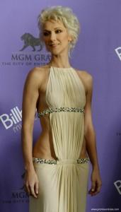 Celine Dion zeigt viel Haut