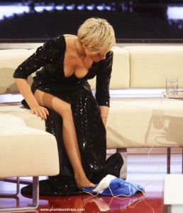 Helene Fischer mit Blick ins Dekolleté