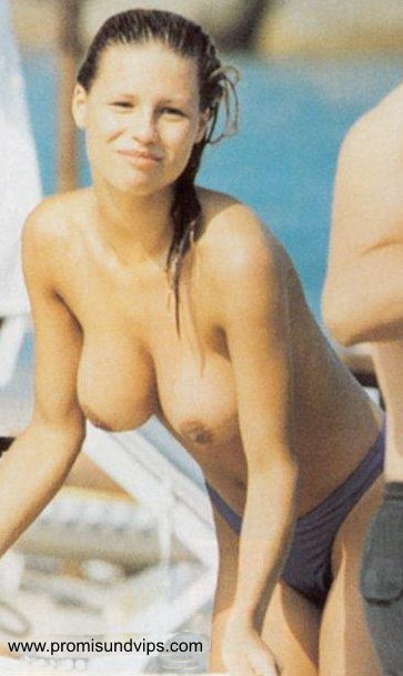 Nude photo of amisha patel