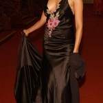Milka Loff Fernandes mit sexy Ausschnitt
