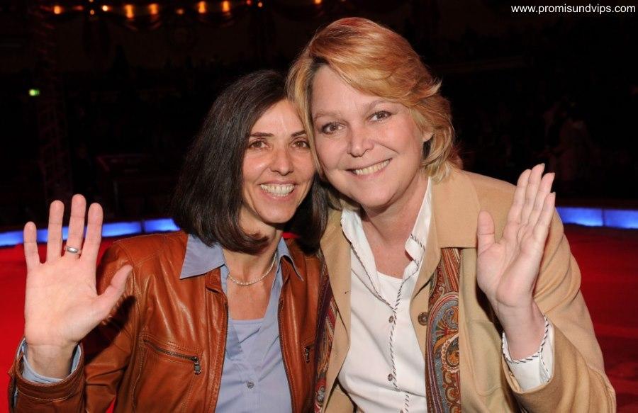 Ramona Leiss mit Ehefrau Simone Ammon