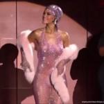 Rihanna im durchsichtigem Kleid