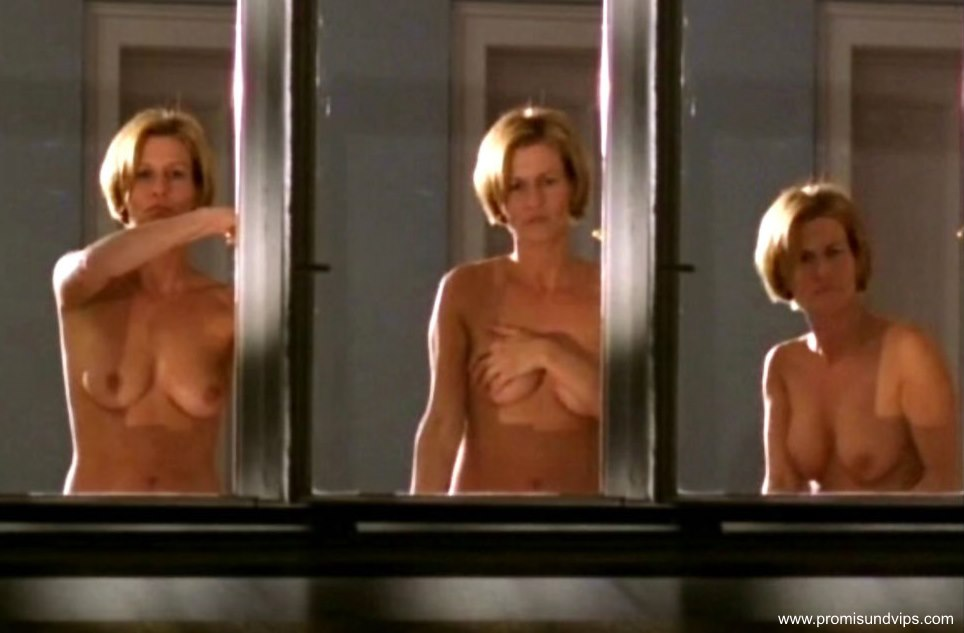Paige Davis nackt, Oben ohne Bilder, Playboy Fotos, Sex Szene