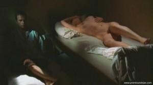 Veronica Ferres nackt auf dem Bett